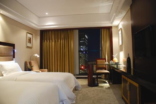 Daysun int'L Hotel Guangzhou business room (twin bed)